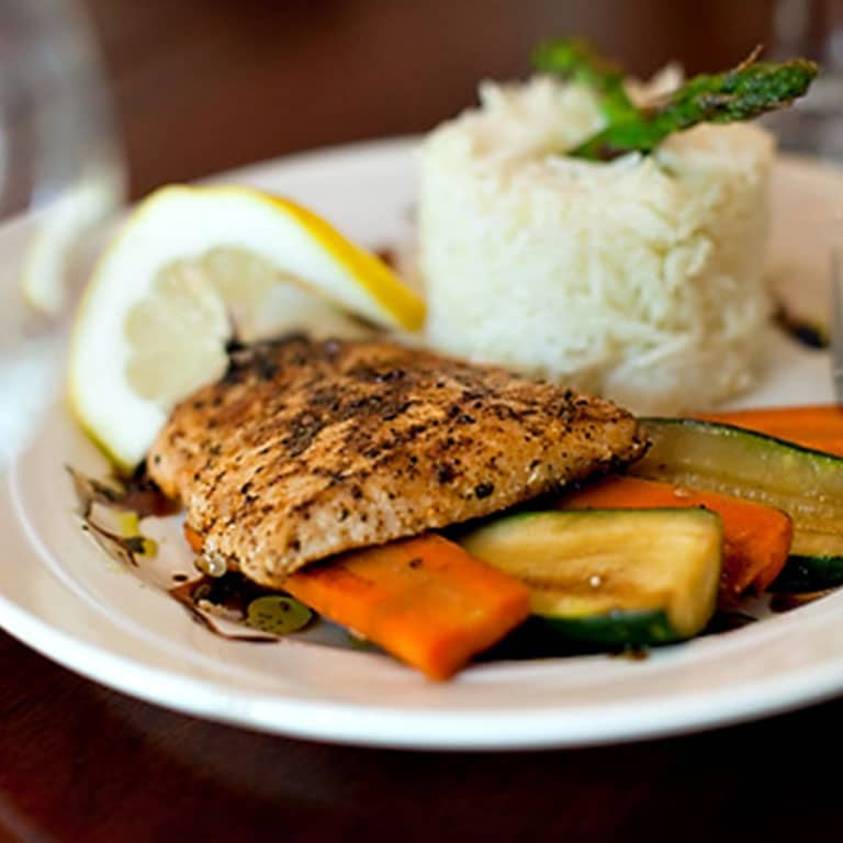Chicken meal with rice and vegetables